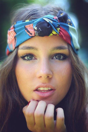 Wrap it Up: 12 Stylish Summer Turbans and Headwraps… Ohhh ...